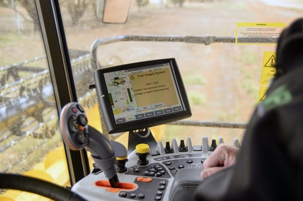 8211New Holland Cr 1090_controls